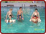 Kilencedikeseink a párkányi termálfürdőben